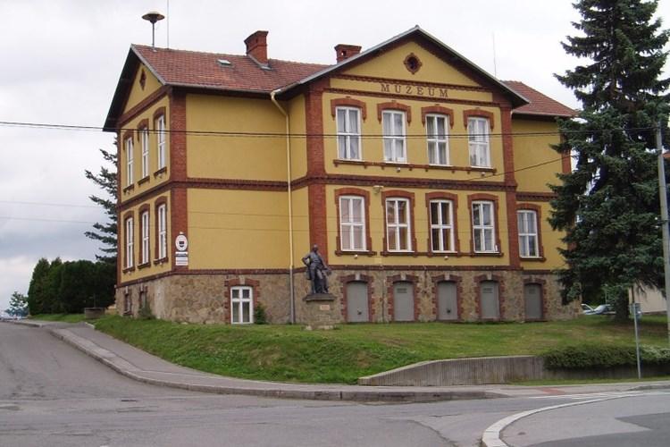 Muzeum městyse Suchdol nad Odrou seznámí s prvním osidlováním i leteckými haváriemi