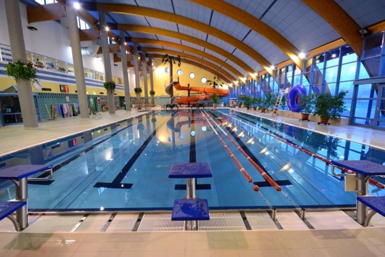 Největší atrakcí bohumínského aquacentra je 48 metrů dlouhý tobogán