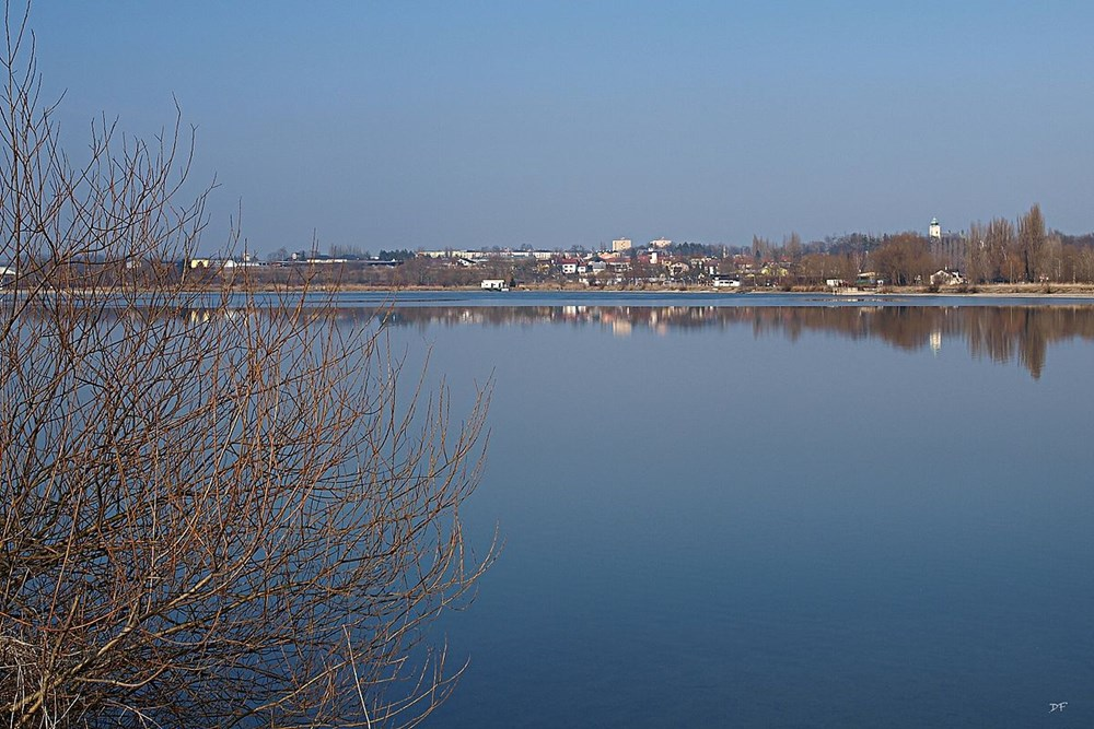Popis: Hlučínské jezero.