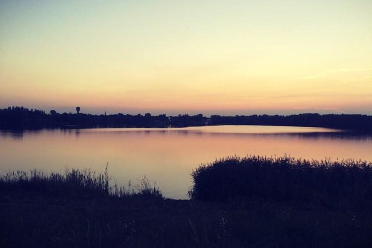 Kališovo jezero je oblíbeným výletním místem obyvatel Bohumína. Je tady i hřiště na beach volejbal
