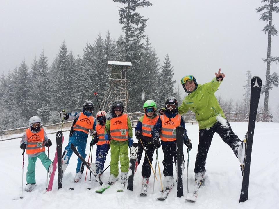 Nejdůležitější je mít dobře seřízené vybavení, říká lyžařský instruktor
