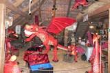 Hrad Staré Hrady je nyní plný draků. Největší měří dvaatřicet metrů