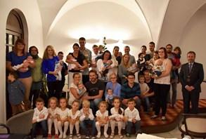 Ve Valašském Meziříčí přivítali jedenáct nových občánků