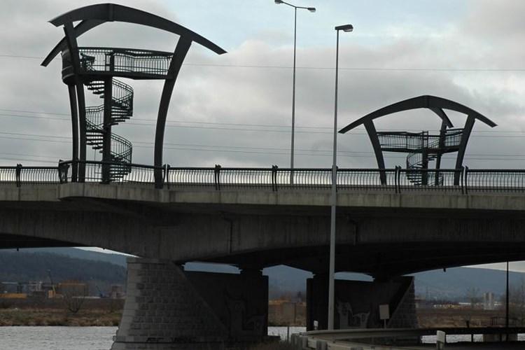 Vyhlídky na Lahovickém mostu nabízí nevšední pohled na Prahu