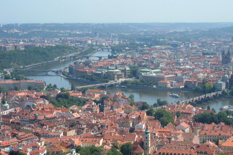 Petřínská rozhledna nabízí nádherný výhled nejen na Pražský hrad