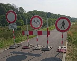 Cyklostezka do Kvasic bude kvůli kácení stromů od pondělka uzavřená