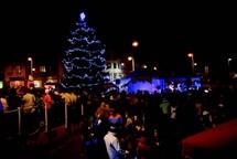 V Semilech se rozsvítí vánoční strom tradičně na Riegrově náměstí
