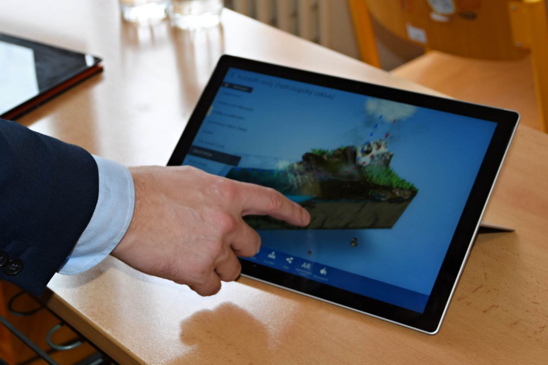 Kraj otevřel první učebnu pro digitální vzdělávání