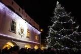 V Lázních Bohdanči v sobotu rozsvítí vánoční strom
