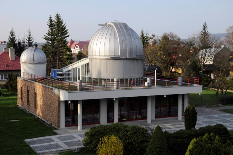 Hvězdárna má programy jak pro individuální návštěvníky, tak pro rodiny s dětmi