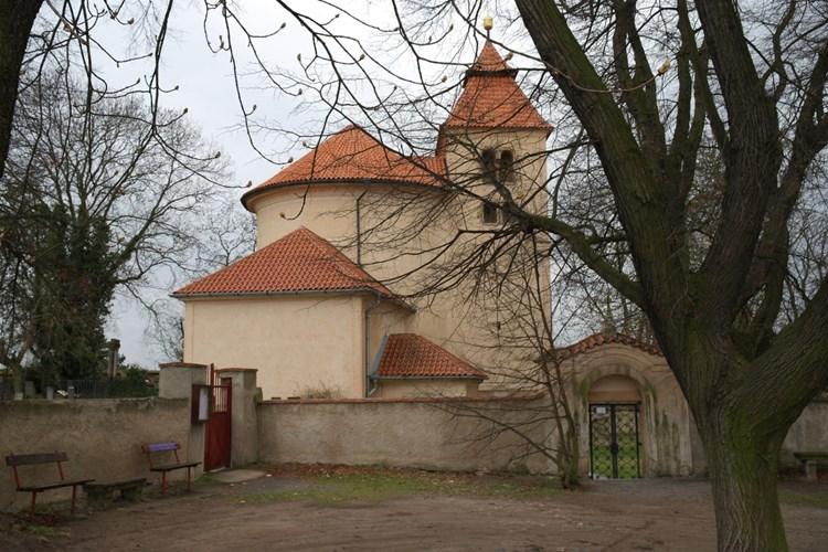 Hradiště Budeč se dá považovat za jeden ze symbolů české státnosti