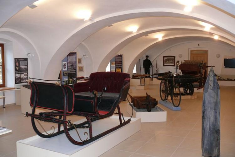 Muzeum silnic ve Vikýřovicích vás seznámí s historií budování cest