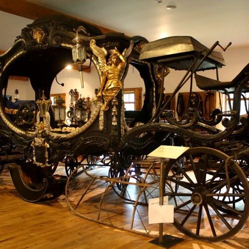 Muzeum kočárů Čechy pod Kosířem