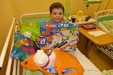 Děti v třinecké nemocnici dostaly bohatou mikulášskou nadílku