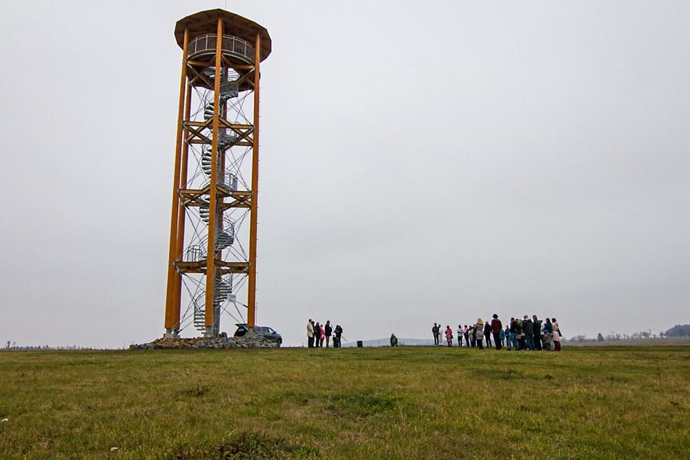 Popis: Rozhledna Kopaninka nedaleko obce Repechy na Prostějovsku.