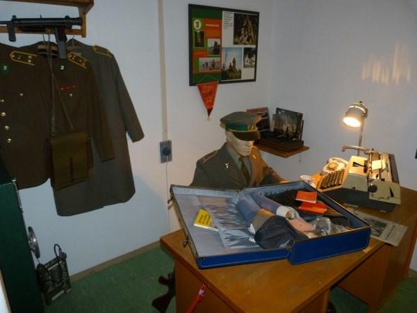 V Muzeu studené války si můžete vyzkoušet Morseovu abecedu