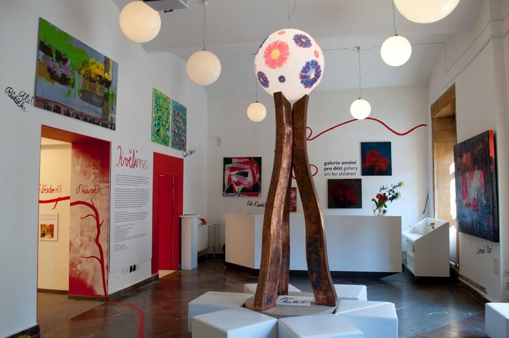 Popis: Galerie výtvarného umění pro děti.