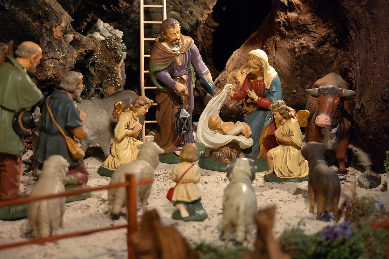 Andělské vánoční trhy v Litoměřicích ozdobí nový dřevěný betlém