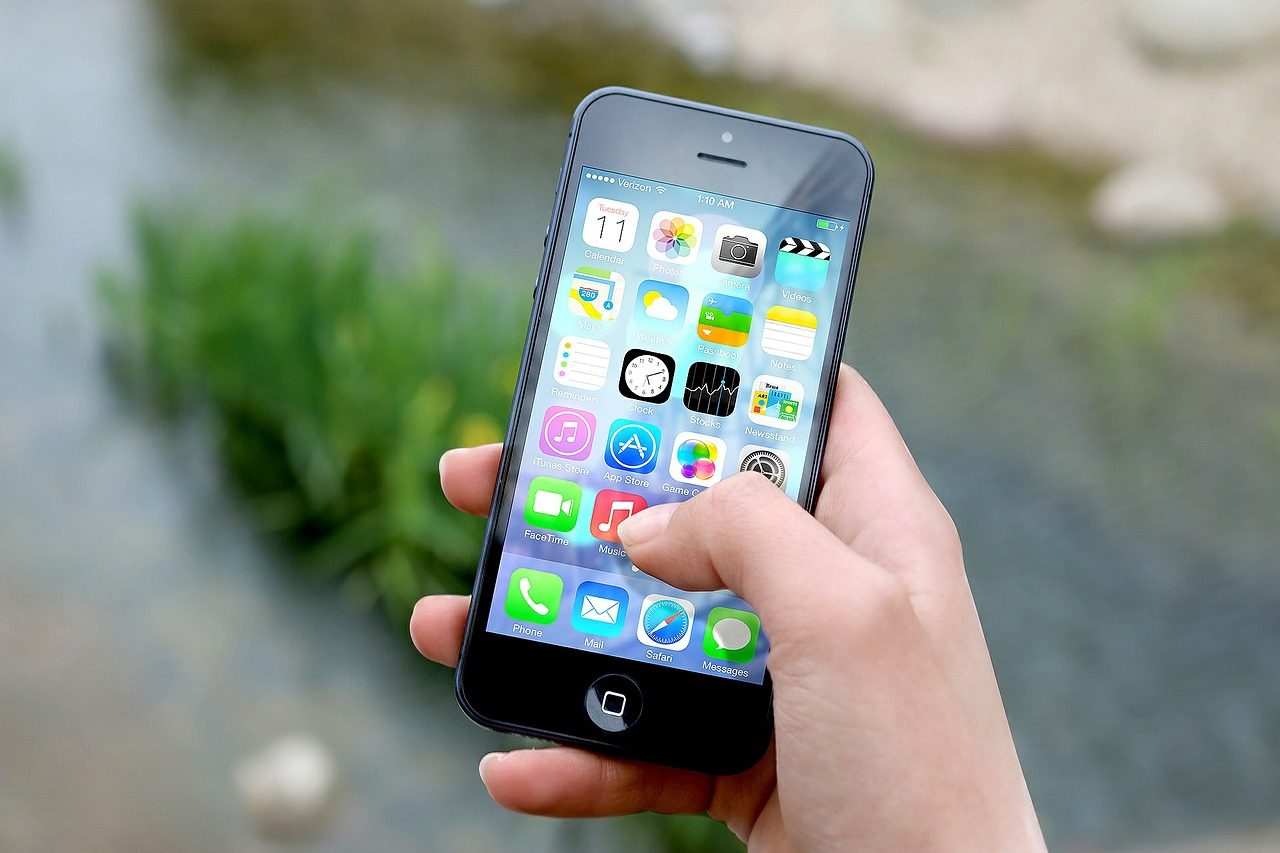 Zvažujete koupi mobilu pro vaše dítě? Dobře si rozmyslete, jaký zvolíte tarif