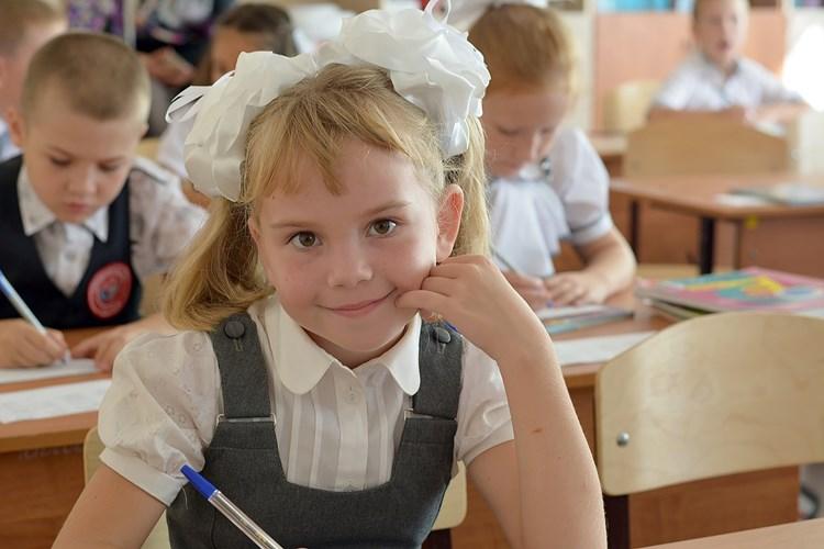 Poplatek za školky a družinu Hradec odpustí, na zápis do základních škol bude celý duben