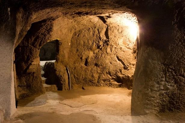 Popis: Znojemské podzemí.