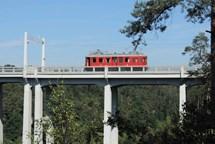 Historická jízda Elinkou sveze cestující po první elektrifikované trati Rakouska-Uherska