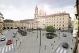 Venkovní výstava přiblíží minulost i budoucnost Malostranského náměstí