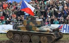 Diváci uvidí v Lešanech dynamické ukázky vojenské techniky