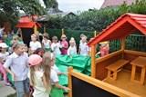 Děti ze školky v Dolních Marklovicích dostaly k novému školnímu roku hřiště