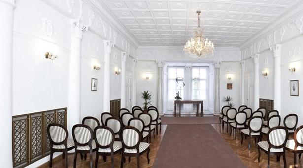 Popis: Interiéry tachovského zámku.