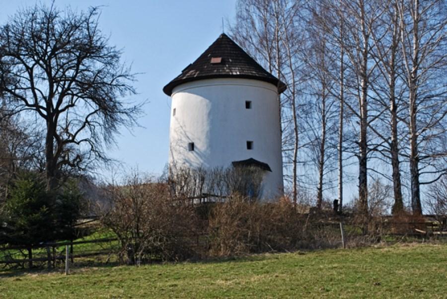 Popis: Větrný mlýn Dolní Sklenov.