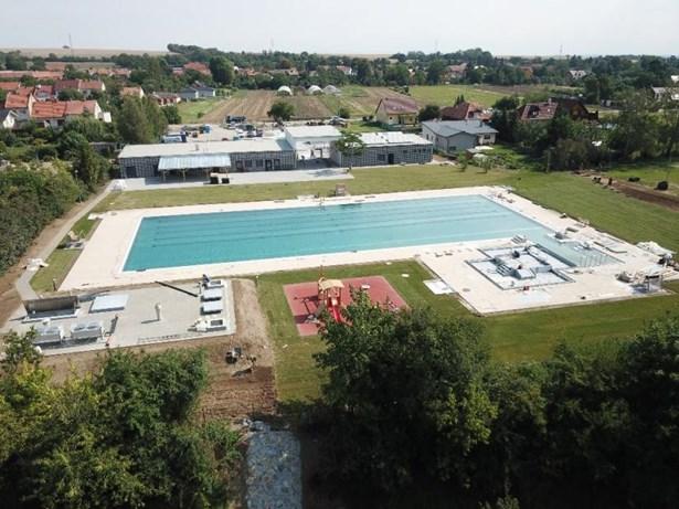 Popis: Letecký pohled na koupaliště Vrahovice.