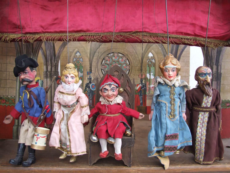Období první republiky bylo zlatou érou rodinných loutkových divadel, říká jejich sběratelka