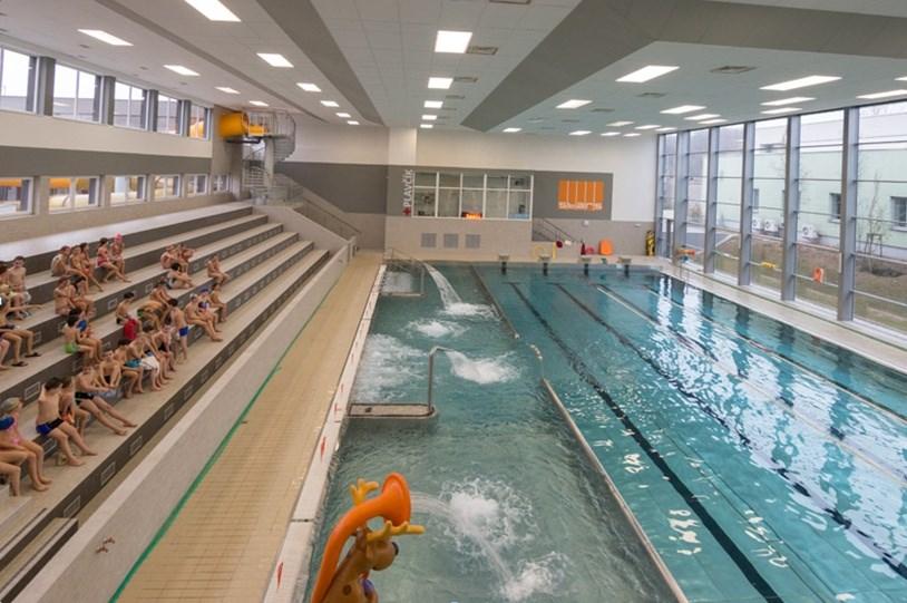 Krytý bazén v Třinci.