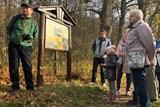 Po nově obnovené naučné stezce v Moravském Krumlově se prošli první turisté