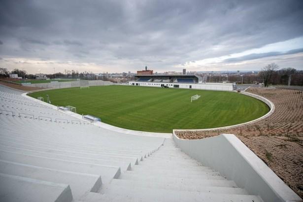 Popis: Areál Bazaly bude sloužit fotbalové akademii.