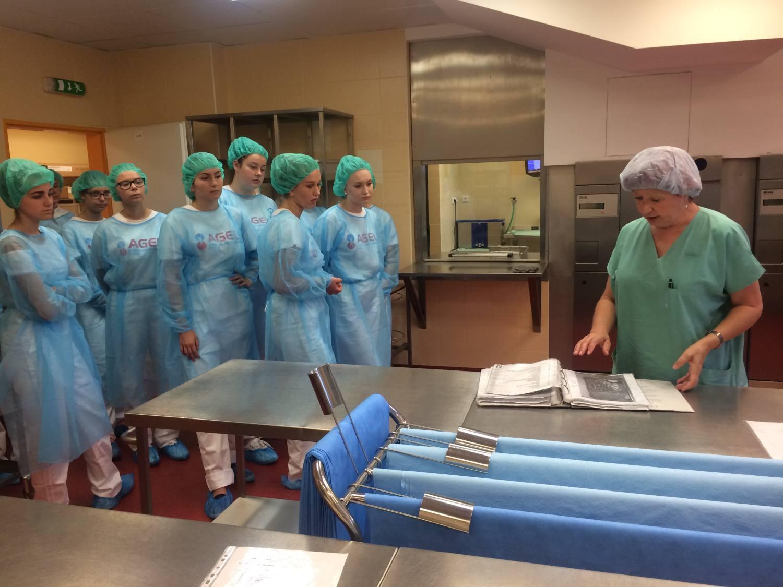 Oddělení Vítkovické nemocnice pravidelně ožívají studenty