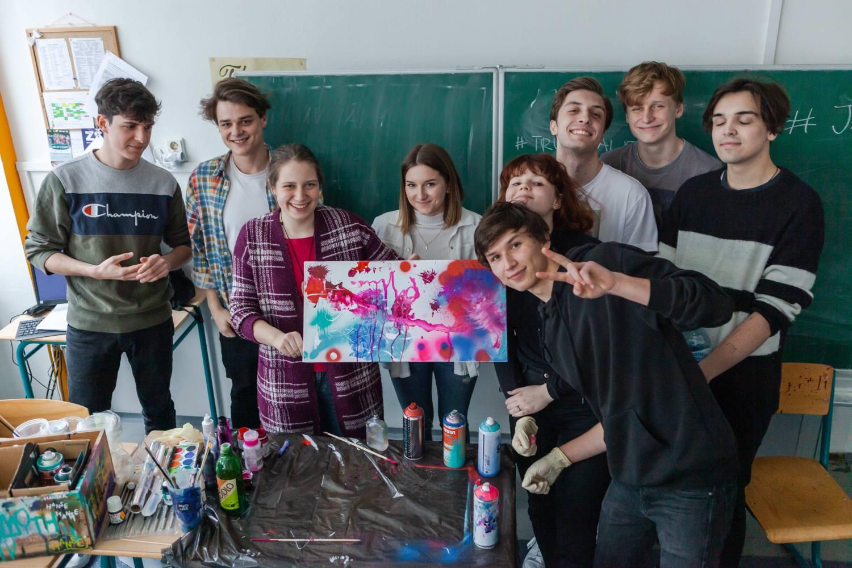 Mirai skládal písničky se studenty Podještědského gymnázia