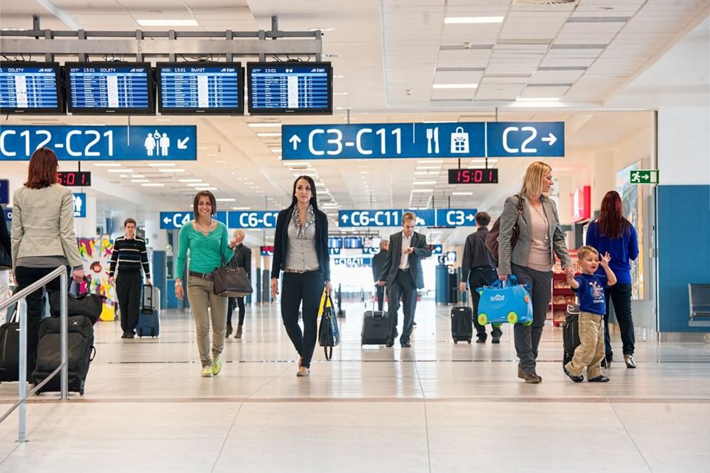 Popis: Interiéry Letiště Václava Havla v Praze.