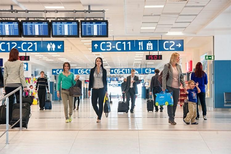 Nahlédněte do ruchu na letišti. Uvidíte zblízka odlétající i přistávající letadla