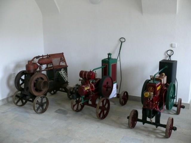 V Hasičském muzeu v Přibyslavi mimo jiné uvidíte, s jakou technikou se kdysi hasily požáry.