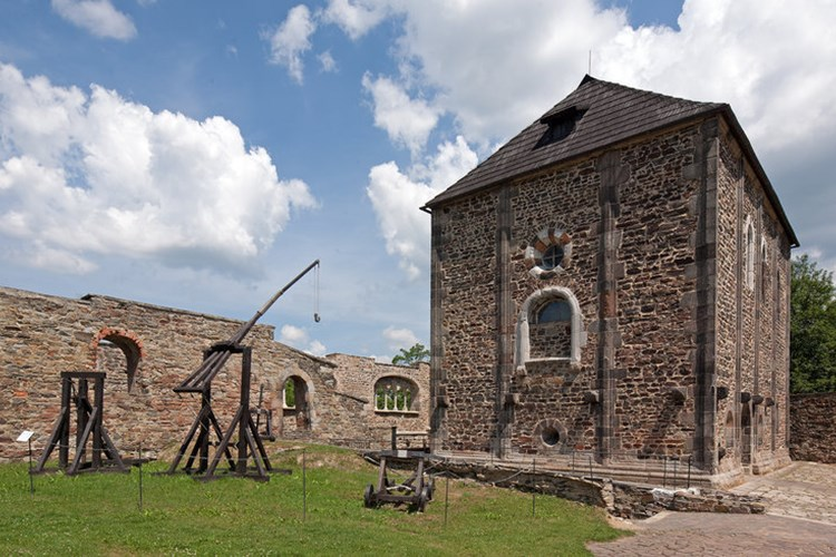 Hrad Cheb je jedinou štaufskou císařskou falcí na českém území