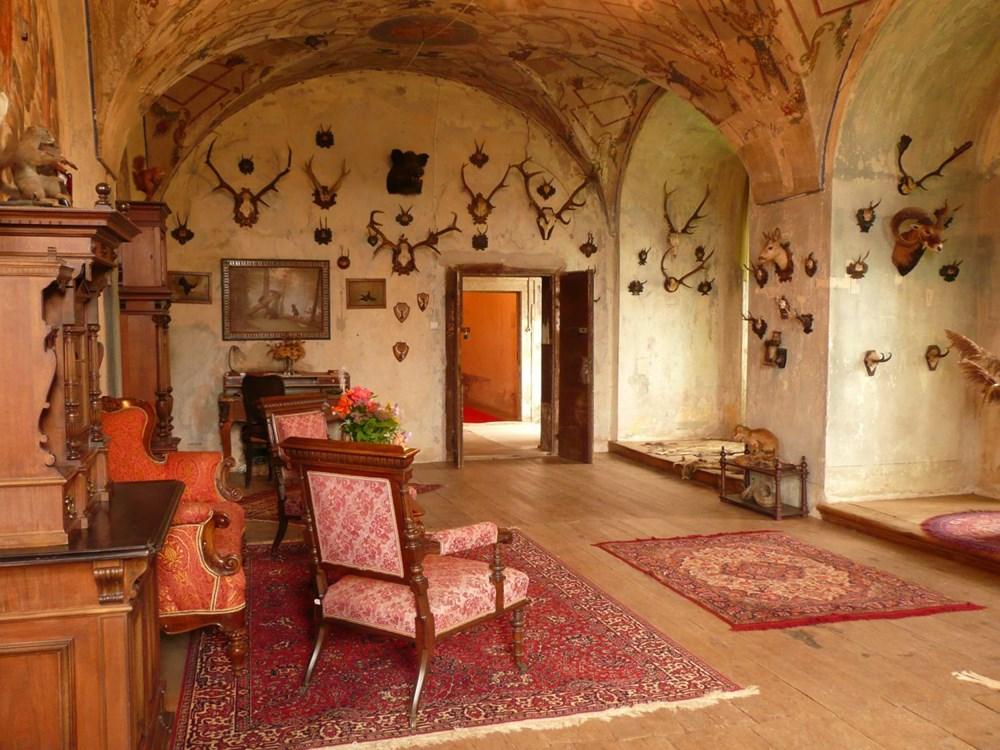 Interiéry zámku Jezeří.