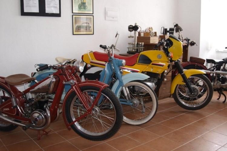 V Muzeu historických motocyklů v Železné Rudě uvidíte světové exponáty