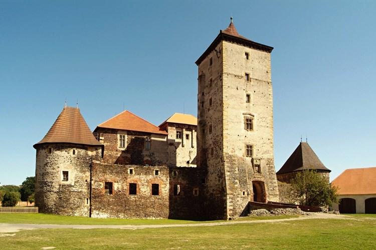 Na hradě Švihov bydlela i Popelka. Jeden prohlídkový okruh je věnovaný právě ji