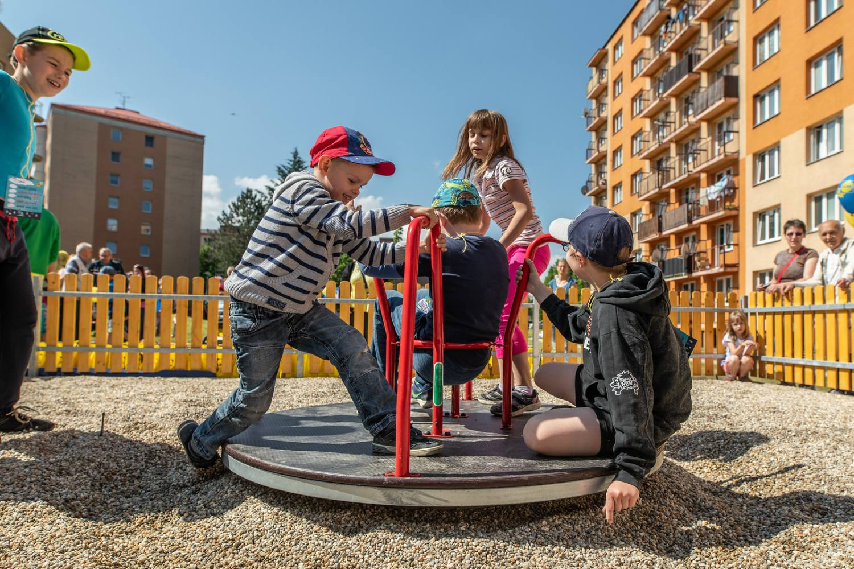 Rákosníčkovo hřiště v Humpolci otevře Michal z Kouzelné školky v sobotu 20. dubna