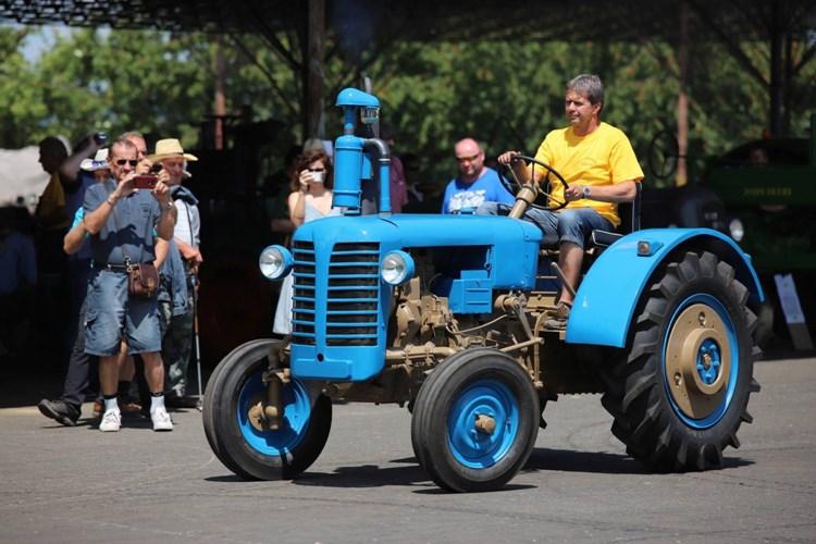Pradědečkův traktor umožní prohlédnout si historické zemědělské stroje od nejstarších po ty, které ještě pamatujete