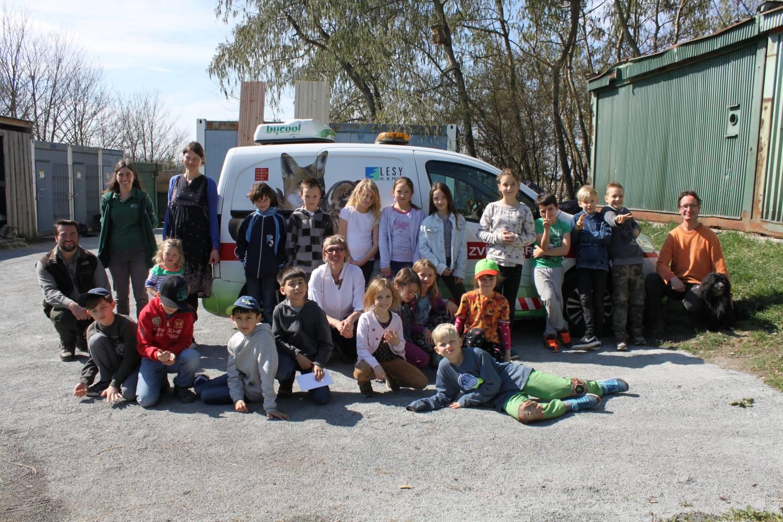 Školáci z Prahy 7 dali zvířecím záchranářům největší dar