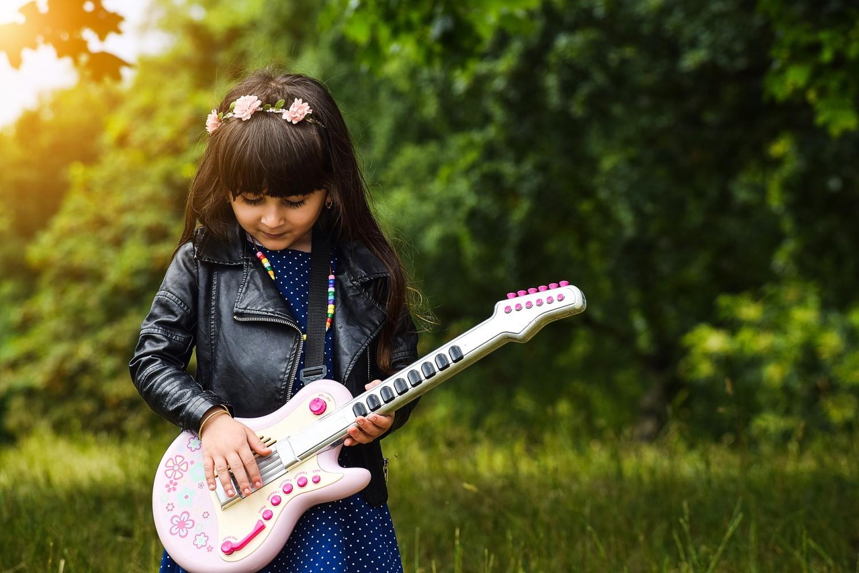 Hudba učí děti vzájemné spolupráci a projevování emocí