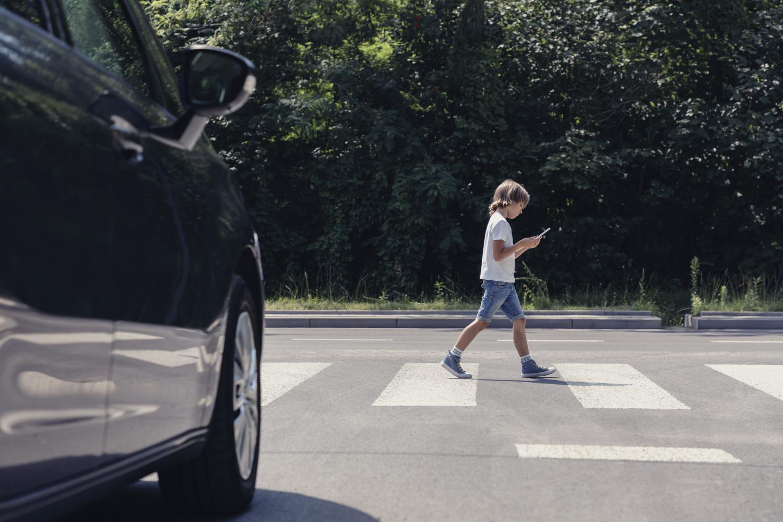 Děti umí být nepředvídatelné. Dopravní nehodu pomůže odvrátit výrazné oblečení a reflexní prvky